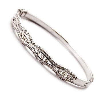 diamond-bangle-bracelet